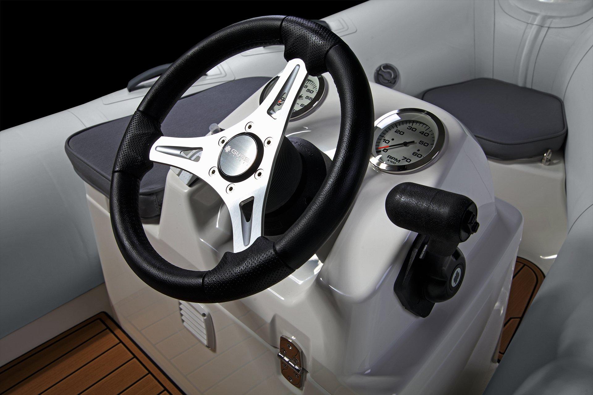 Falcon 330 Cockpit
